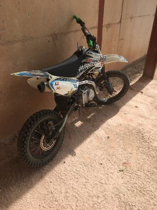 Vendo pit bike 140cc en perfecto estado