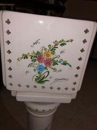 Macetero alto de cerámica