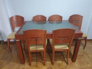 mesa y sillas salon