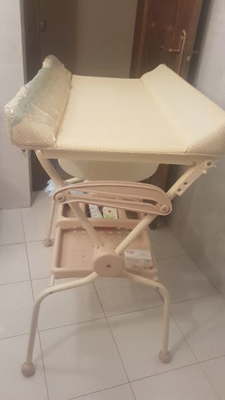 Bañera-cambiador para bebé 15€