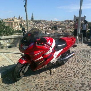 Honda cbr f 1000