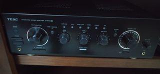 Amplificador Teac A R610