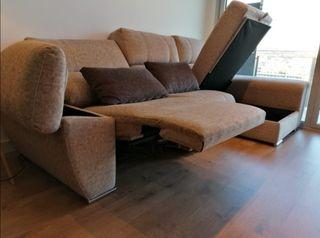 sofá chaise long.