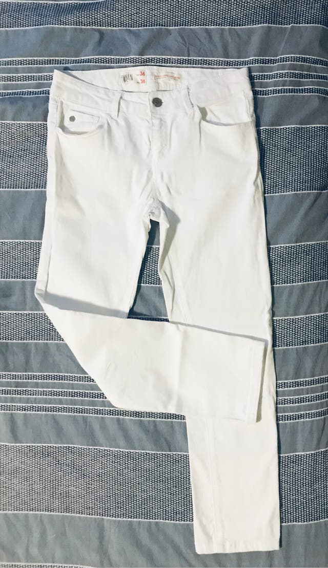 White ankle trousers