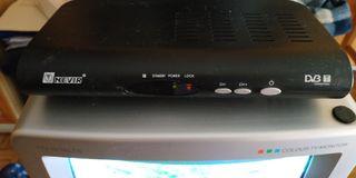 Televisión Roadstar y Sintonizador TDT Nevir