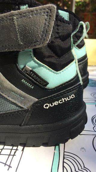 Botas cálidas marca Quechua talla 30