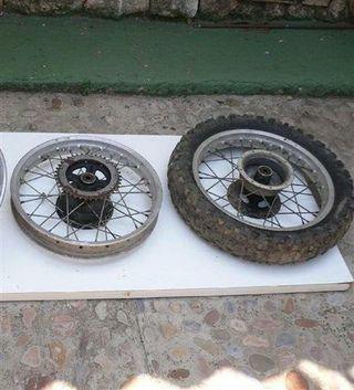 ruedas traseras Bultaco