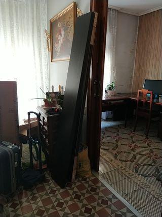 Baldas 190 de Ikea color oscuro