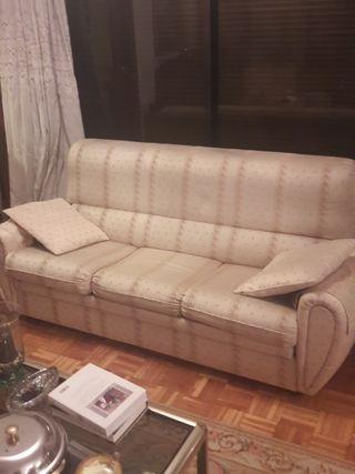 Sofá comedor tapizado