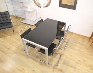 Mesa extensible diseño italiano.