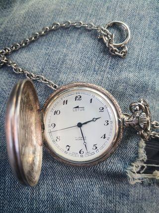reloj de bolsillo lotus