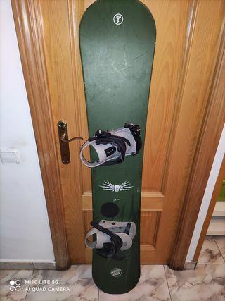 tabla snowboard santa cruz 161cm( sin fijaciones )