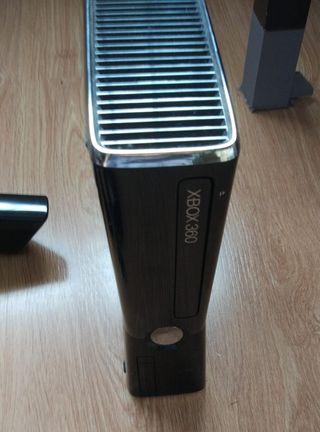 Consola Xbox 360 + Kinect