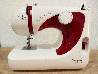 Máquina de coser Jata Génesis MC695
