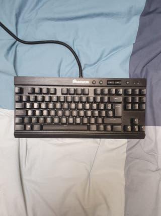 teclado corsair k65 rapidfire