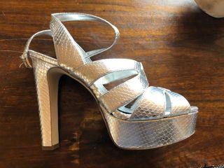 Zapato fiesta plataforma MK