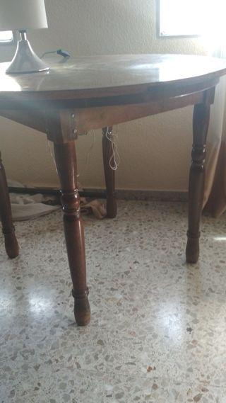 mesa redonda funcionaba como mesa camilla