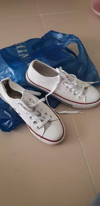 zapatillas estilo converse blancas