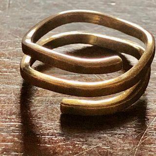 Vintage 925 Silver Twirl Around Ring Size Q