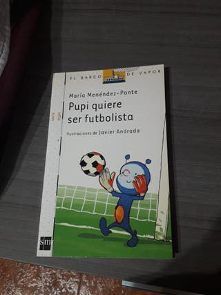 "Libro ""Pupi quiere ser futbolista""."