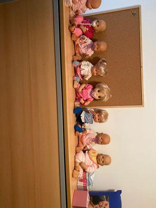 Pandilla de muñecos
