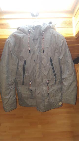 Plumas/ abrigo TTD talla M