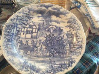 Antiguo plato Oxford decorado Azul Brasil.