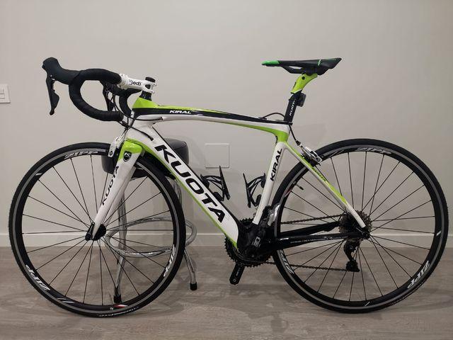 bicicleta carretera kuota carbono
