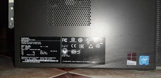 Ordenador de sobremesa Lenovo