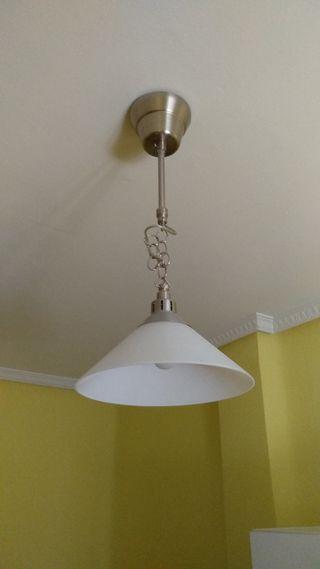 Lámpara de techo de cristal templado Kroby de IKEA