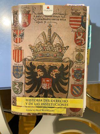 Libro de Historia del Derecho e Instituciones.