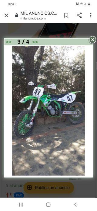 Moto de cross kawasaki