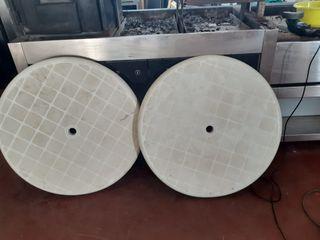 mesas redondas de plástico