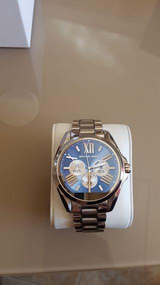 Reloj inteligente smartwatch de marca MICHAEL KORS