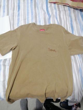 camiseta Supreme color marron