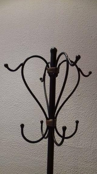 perchero hierro forjado vintage