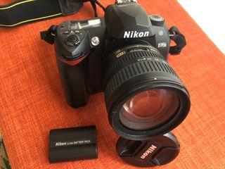 Cámara de fotos Nikon D70