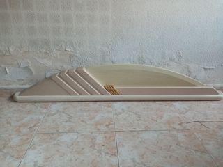 Cabecero y somier de láminas con patas 135 cm