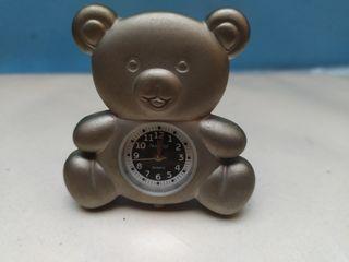 Reloj con forma de oso