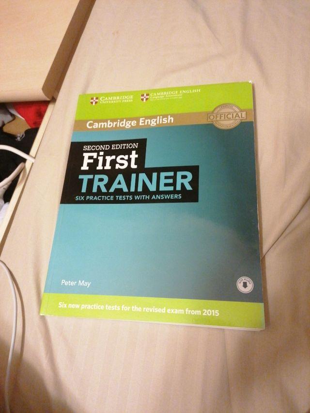 first trainer libro para obtener el first inglés