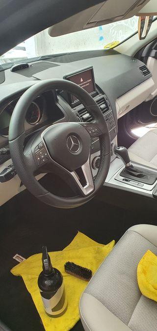 Mercedes-Benz Clase C 2010