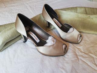 zapatos fiesta con chal
