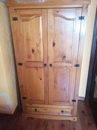 armario madera maciza