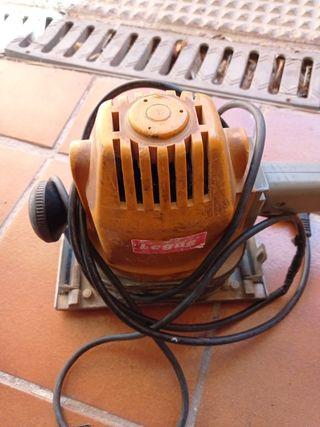 maquina legna Bosch cepillo