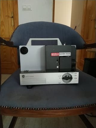 Proyector Super 8 Eumig 500e con cintas