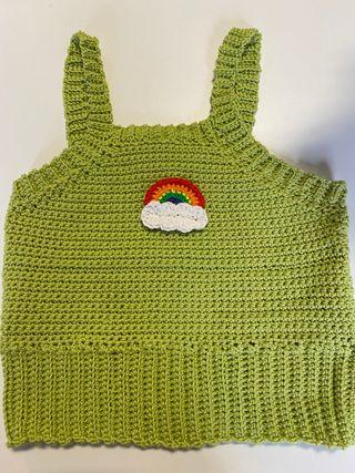 """Top """"indie"""" verde manzana de crochet"""