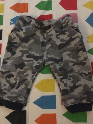 Pantalón chándal militar bebé .