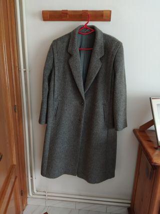 abrigo de lana gris
