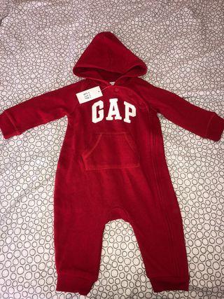 Nuevo Mono entero baby Gap 6-12 meses