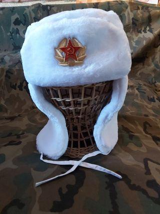 gorro ruso orejero blanco